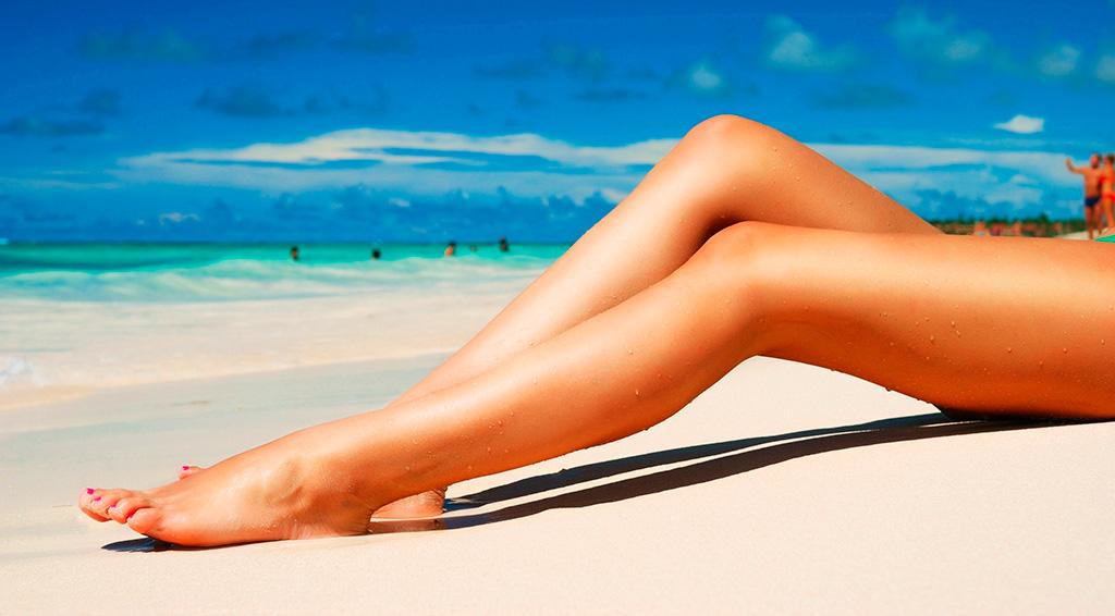 piernas-playa-sol-piel-verano-web